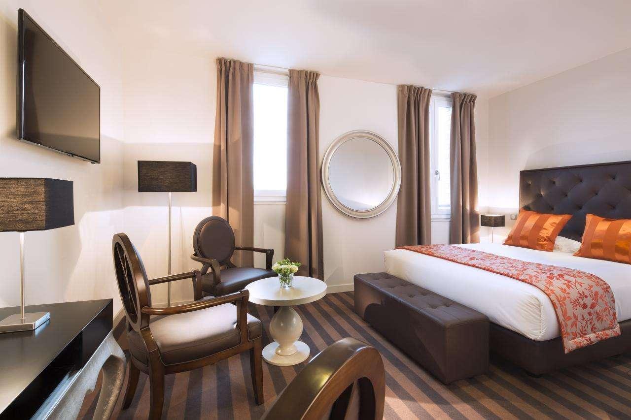 Executive Hotel - Room